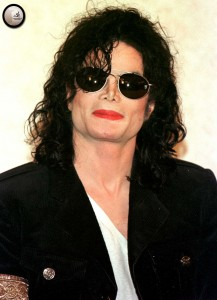 michael-jackson-announces-that-he-will-perform-at-a-concert-that-will-benefit-the-children-of-korea-118--m-2.jpg