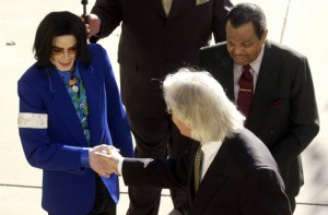 michael-jackson-case-continues-cnralfo78ykl.jpg